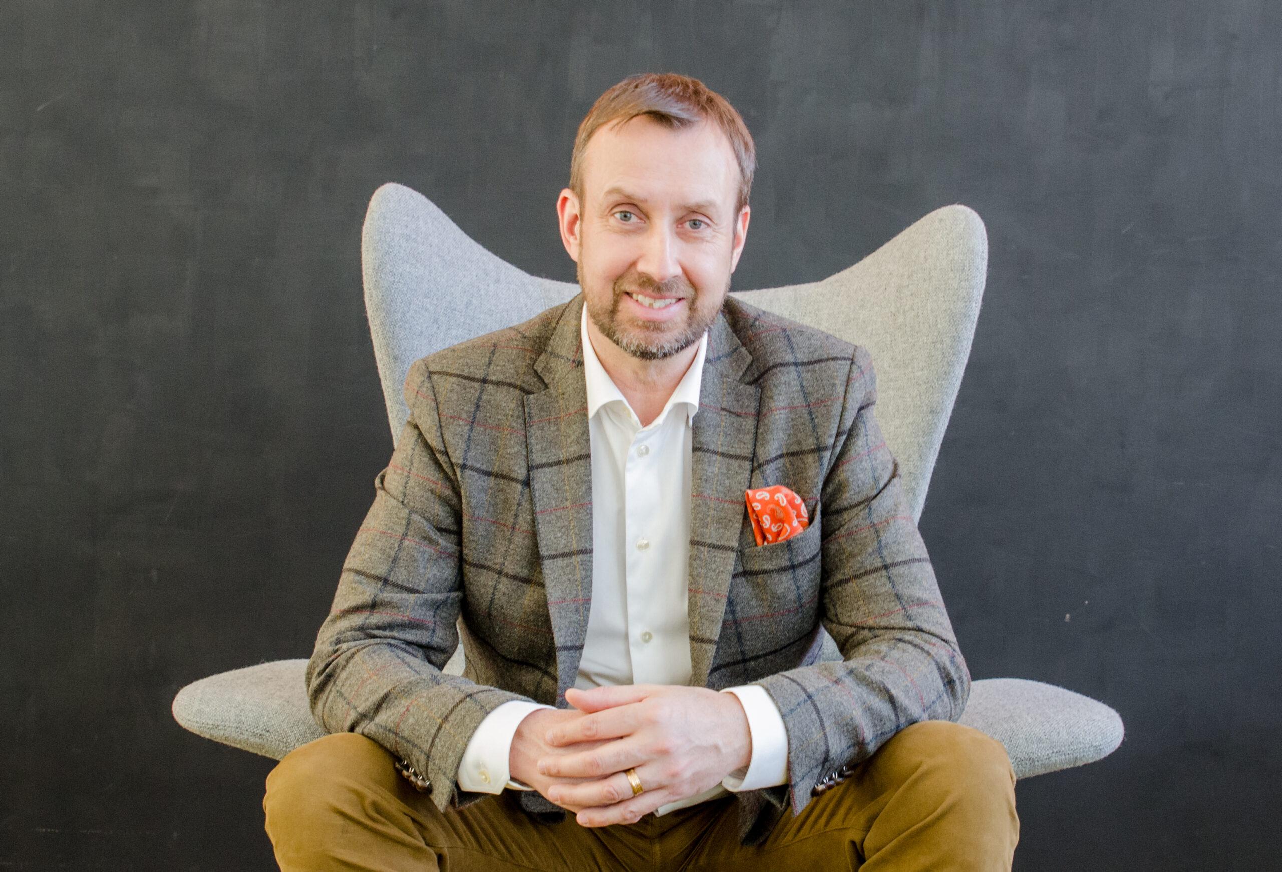 Välkommen till årets första digitala frukostmöte med Johan Trouvé!